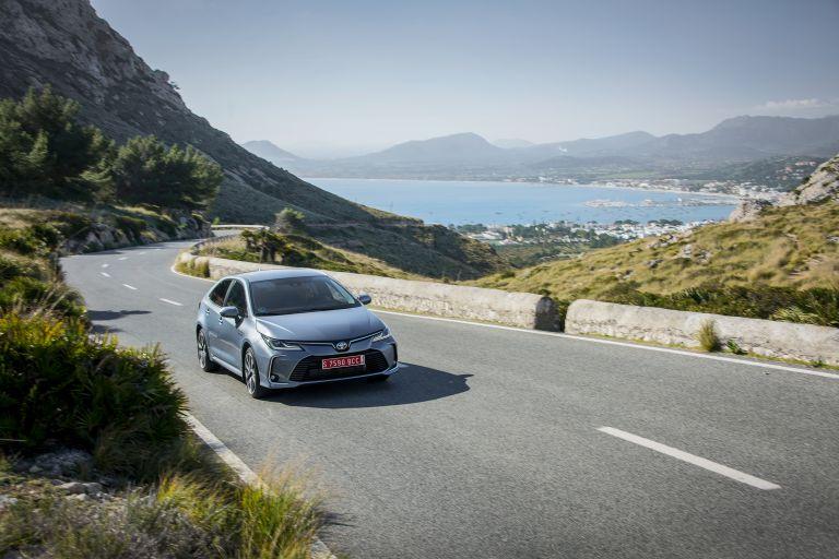2019 Toyota Corolla sedan 1.8 573899