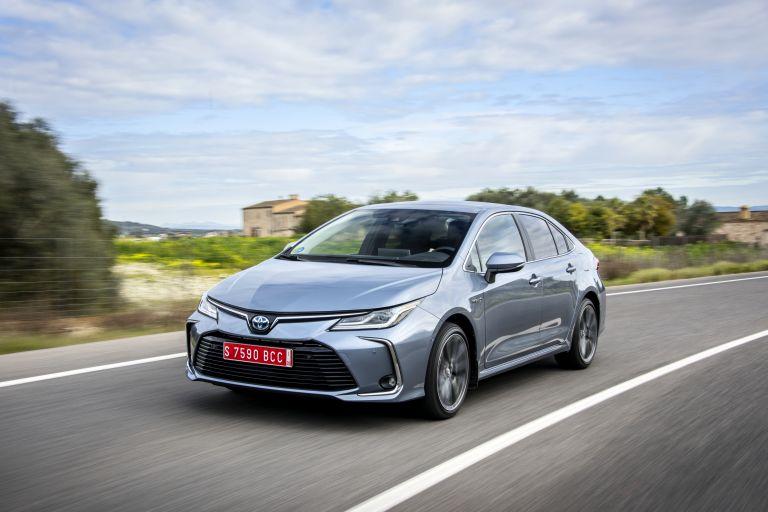 2019 Toyota Corolla sedan 1.8 573910