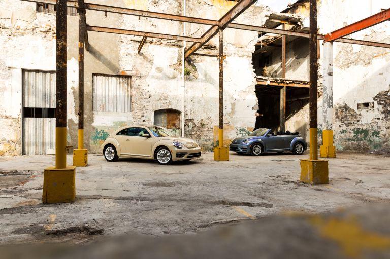 2019 Volkswagen Beetle Final edition - USA version 537386