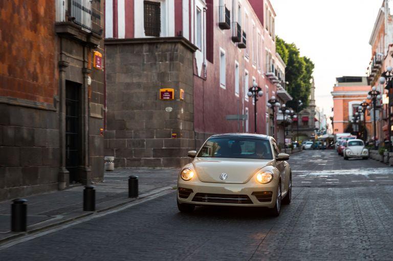 2019 Volkswagen Beetle Final edition - USA version 537394