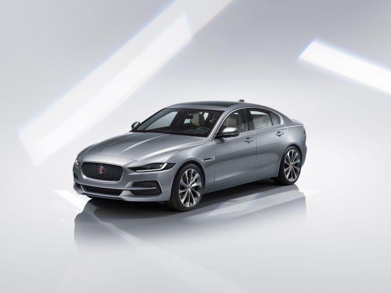 2020 Jaguar XE 538213