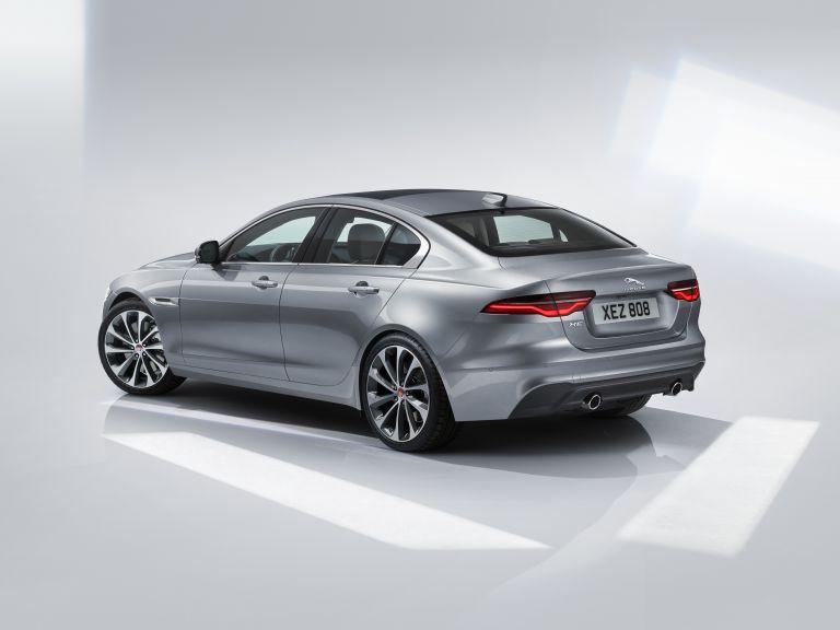 2020 Jaguar XE 538215