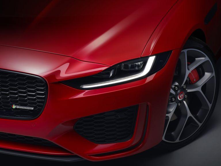 2020 Jaguar XE 538216