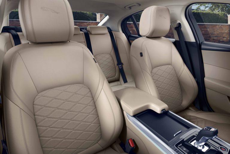 2020 Jaguar XE 538220