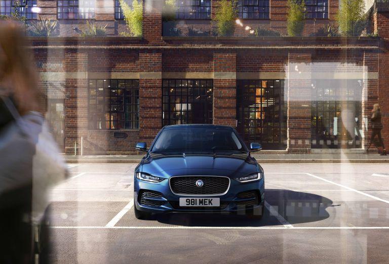 2020 Jaguar XE 538231