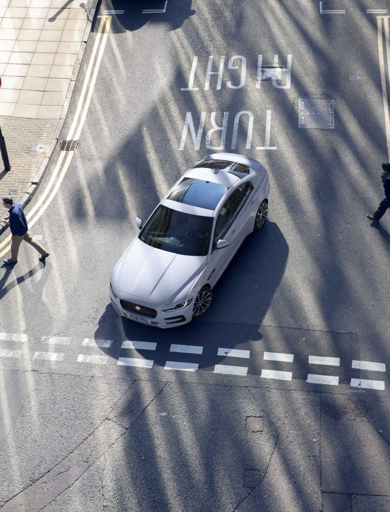 2020 Jaguar XE 538236