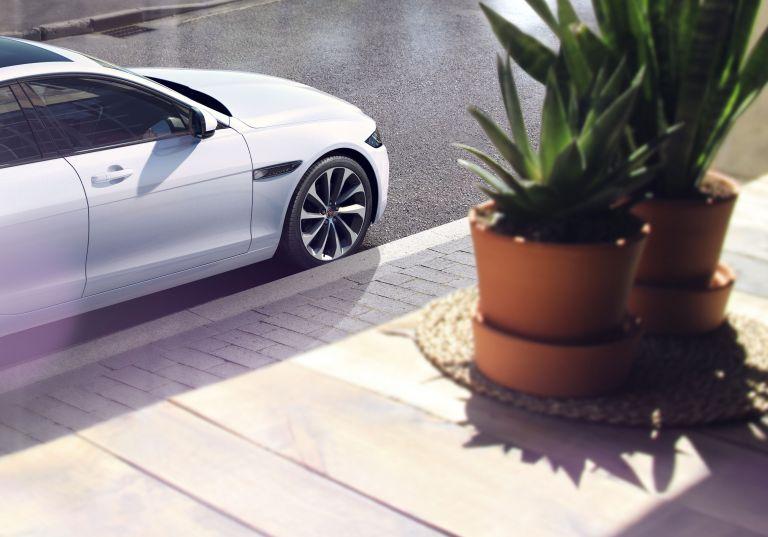 2020 Jaguar XE 538237