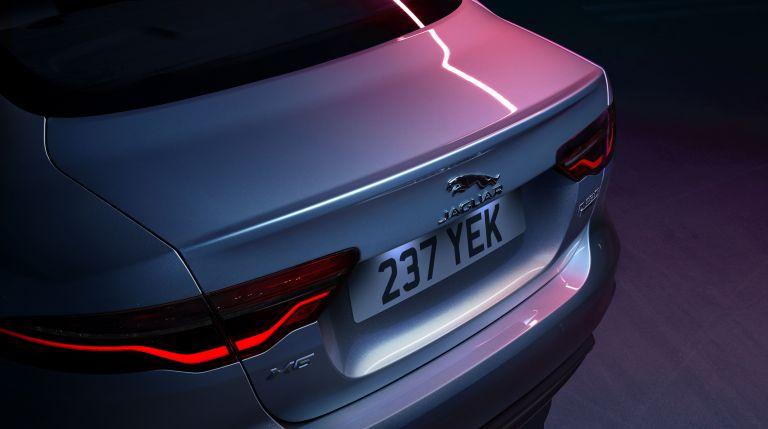2020 Jaguar XE 538238