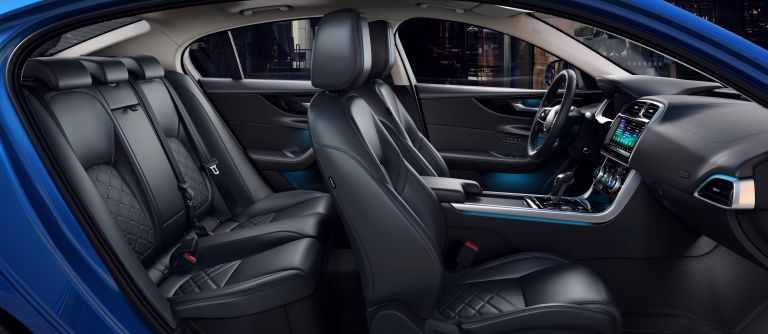 2020 Jaguar XE 538240
