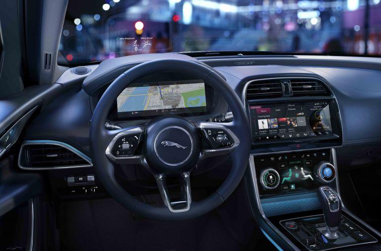 2020 Jaguar XE 538243