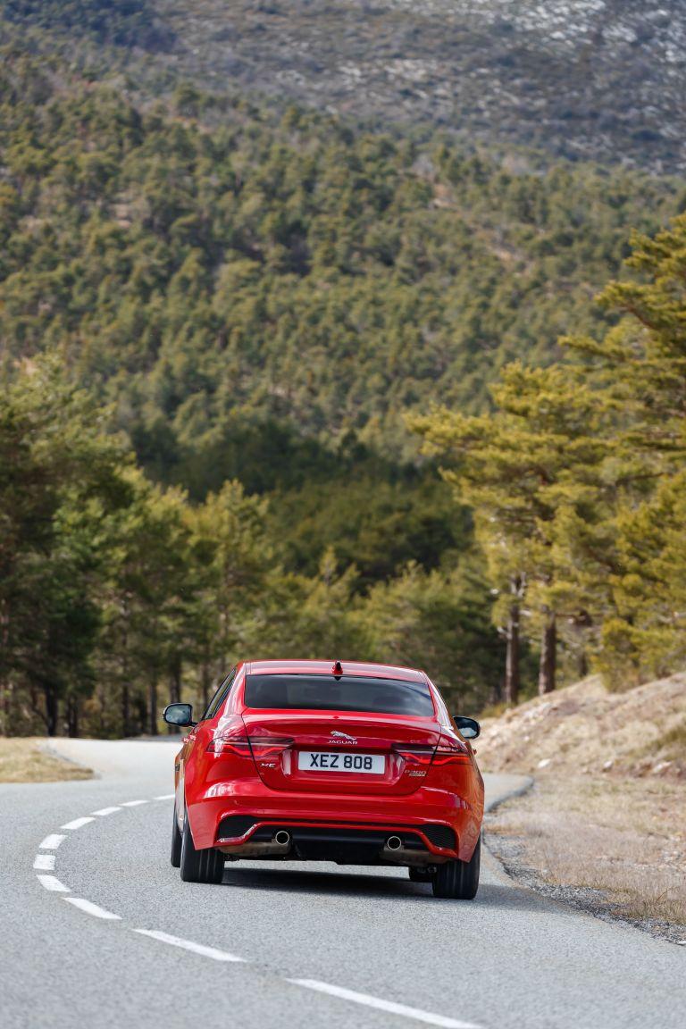 2020 Jaguar XE 545601
