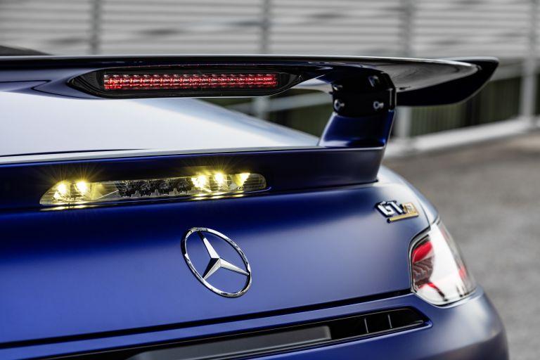 2019 Mercedes-AMG GT R roadster 538684