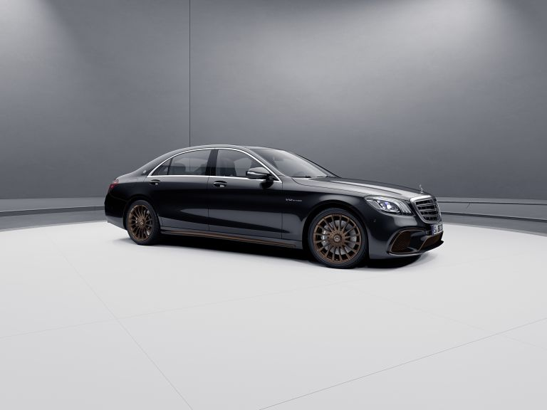 2019 Mercedes-AMG S 65 Final edition 538700