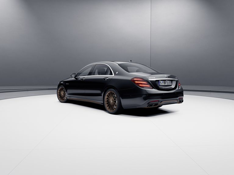 2019 Mercedes-AMG S 65 Final edition 538701