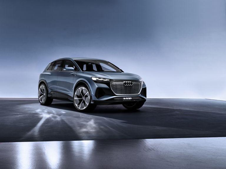 2019 Audi Q4 e-tron concept 538847