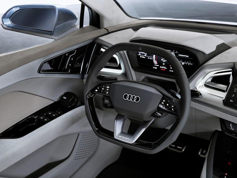 2019 Audi Q4 e-tron concept 538854