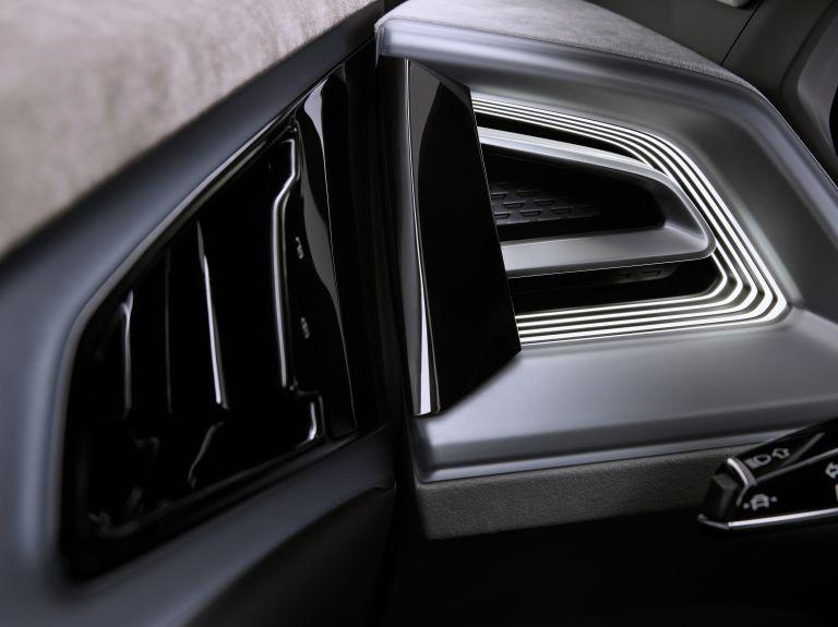 2019 Audi Q4 e-tron concept 538855