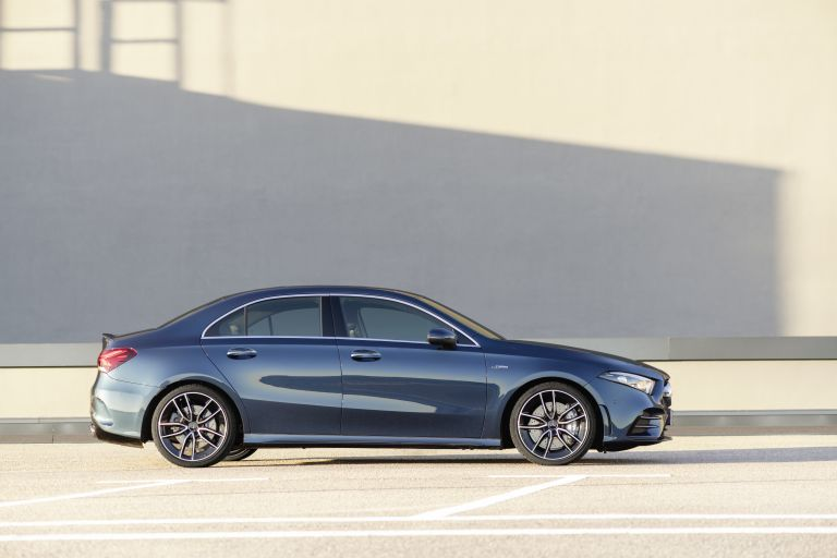 2020 Mercedes-AMG A 35 4Matic saloon 540691