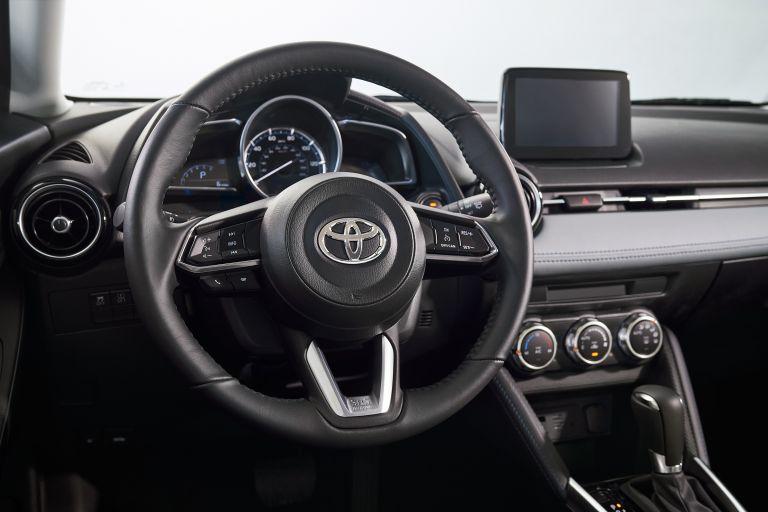 2020 Toyota Yaris hatchback 541119