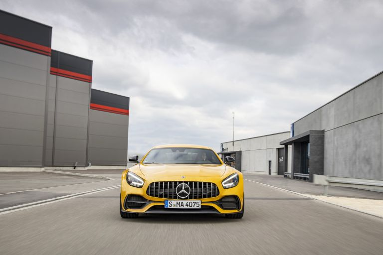 2019 Mercedes-AMG GT S 541555