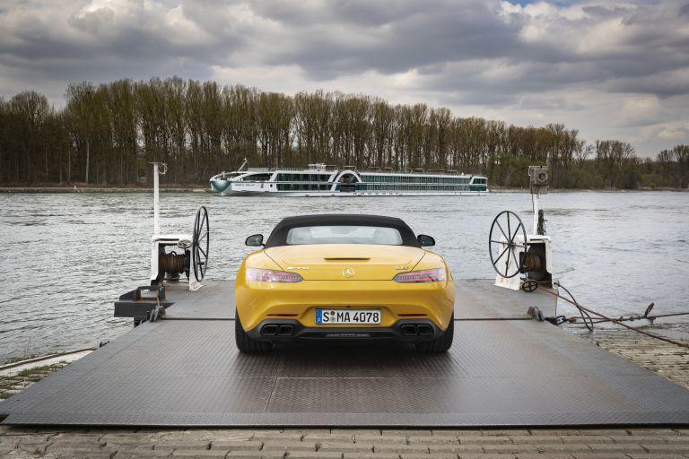 2019 Mercedes-AMG GT S roadster 541588
