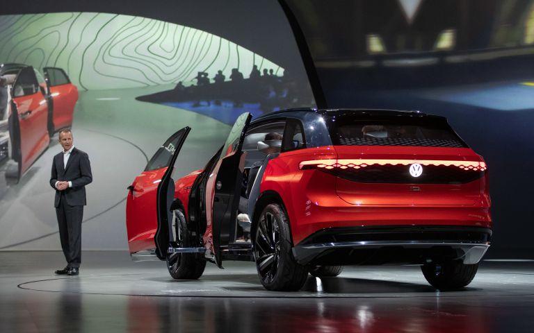 2019 Volkswagen ID. Roomzz concept 542578