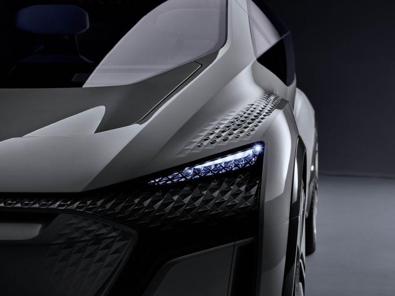 2019 Audi AI:ME concept 542615