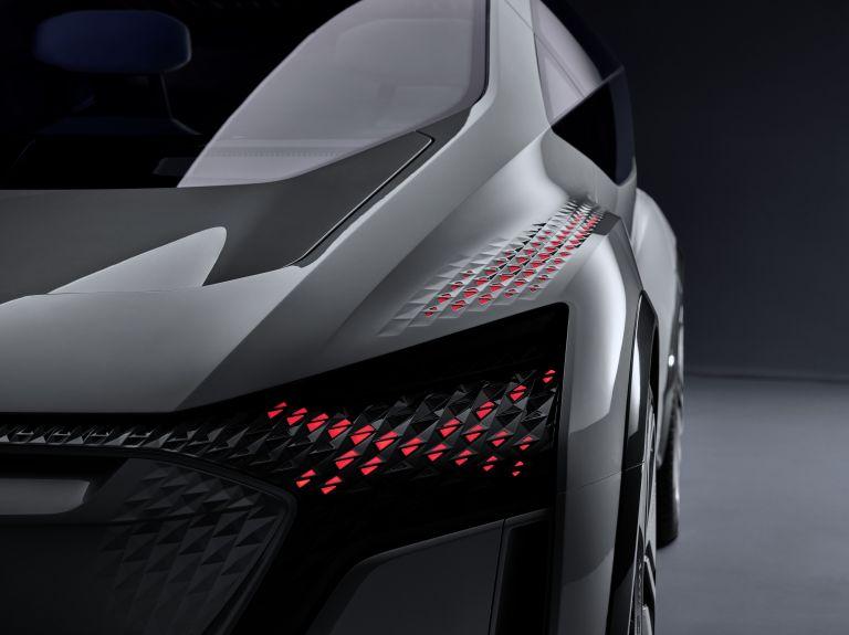 2019 Audi AI:ME concept 542618