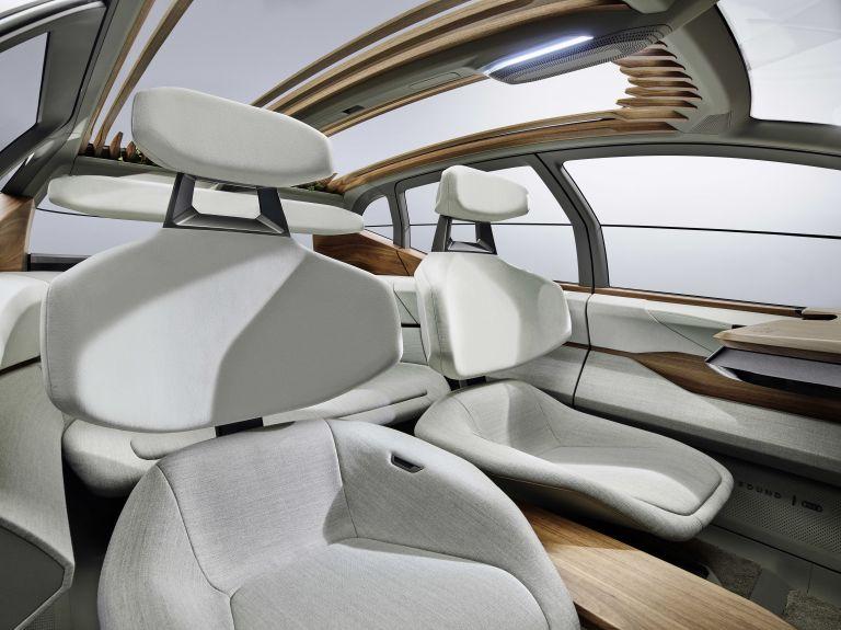 2019 Audi AI:ME concept 542624