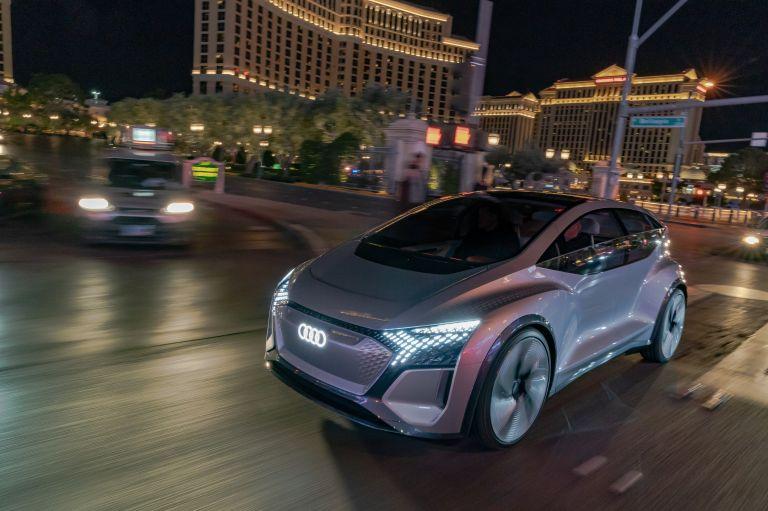 2019 Audi AI:ME concept 573526