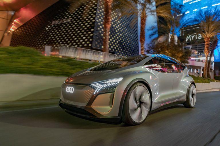 2019 Audi AI:ME concept 573530