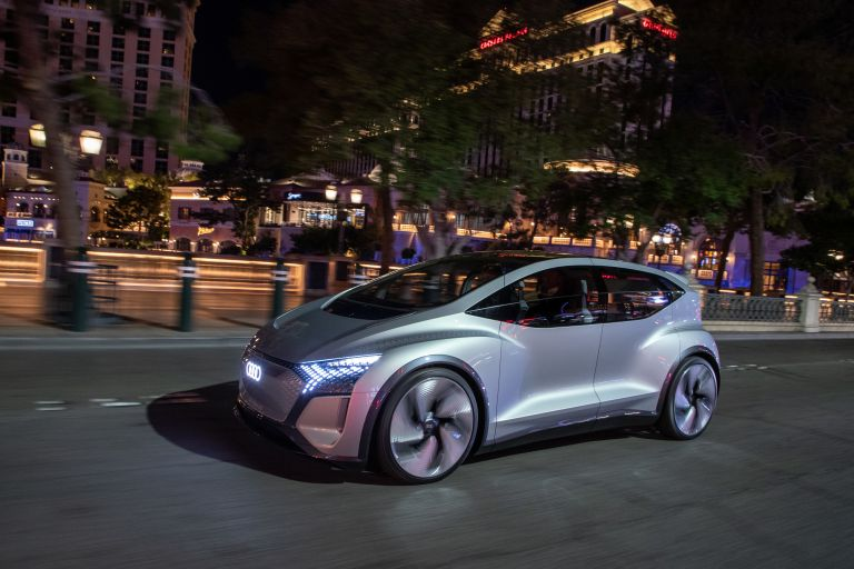 2019 Audi AI:ME concept 573539