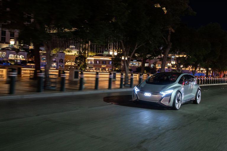 2019 Audi AI:ME concept 573540