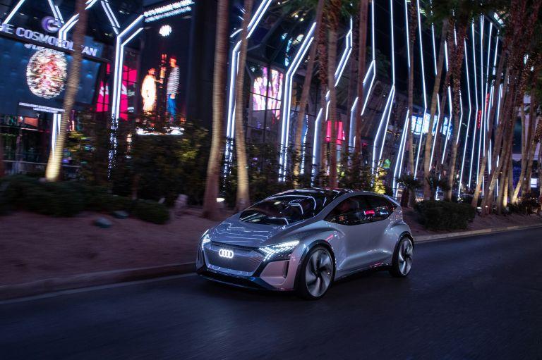2019 Audi AI:ME concept 573544