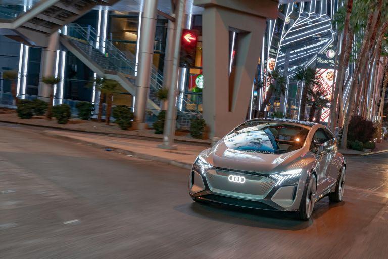 2019 Audi AI:ME concept 573548