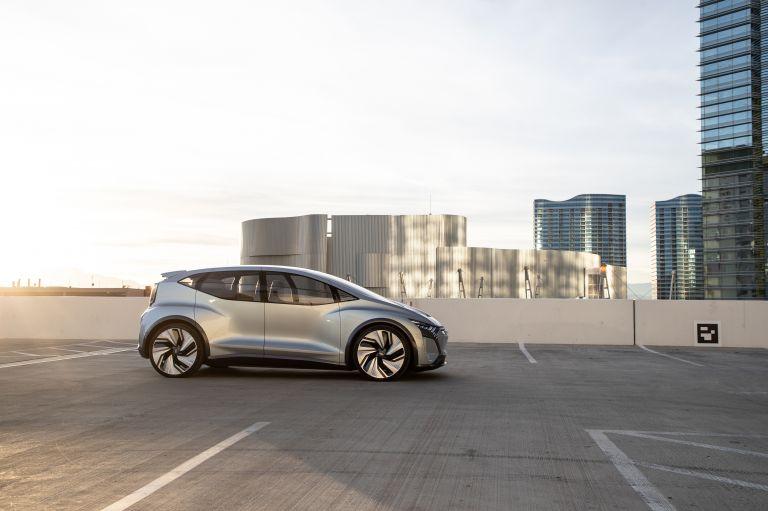 2019 Audi AI:ME concept 573557