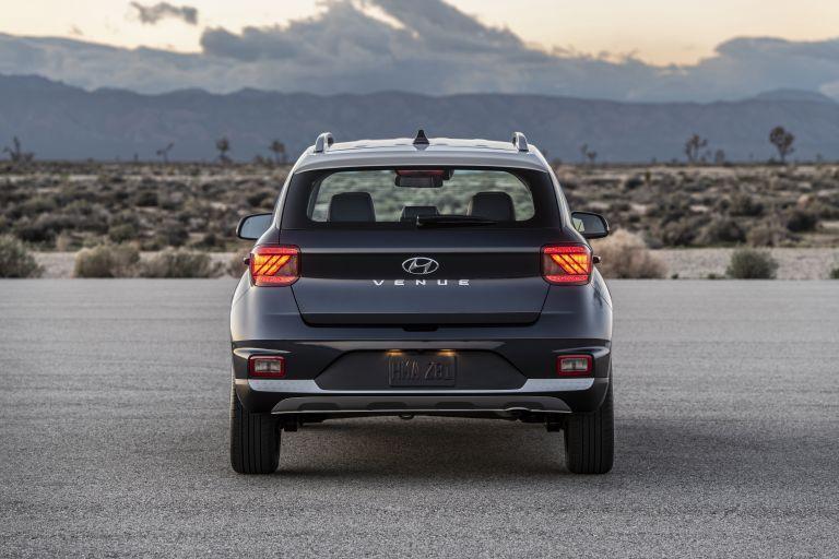2020 Hyundai Venue Free High Resolution Car Images