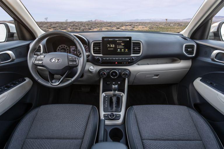 2020 Hyundai Venue 543576