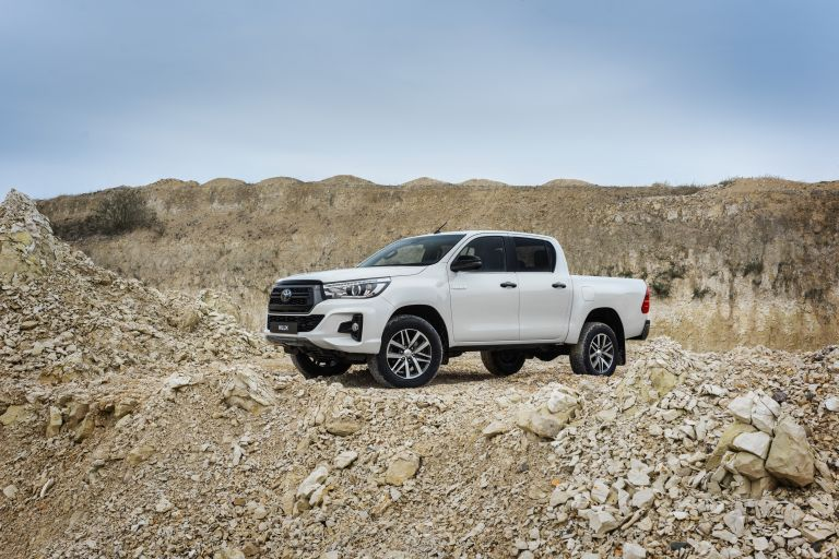 2019 Toyota Hilux special edition 543906