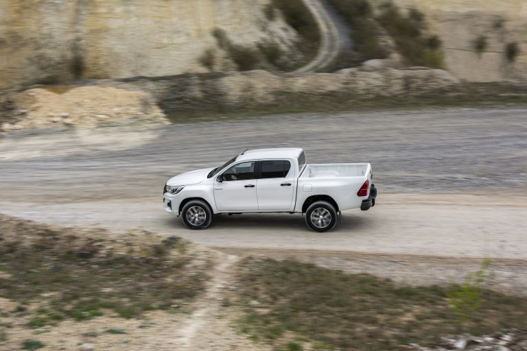 2019 Toyota Hilux special edition 543915