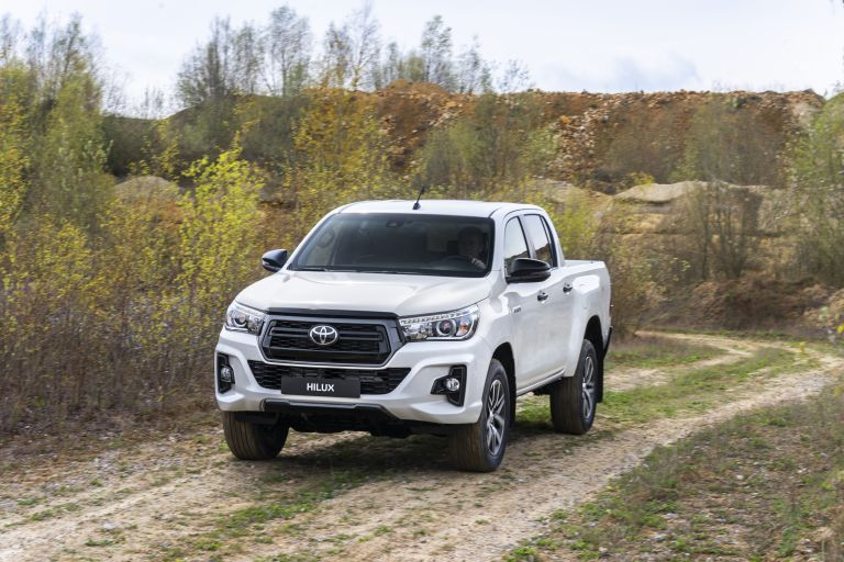 2019 Toyota Hilux special edition 543918