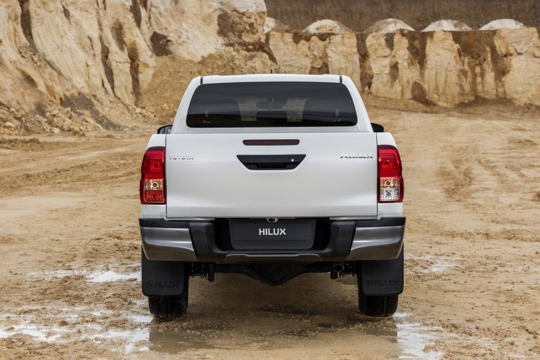 2019 Toyota Hilux special edition 543933