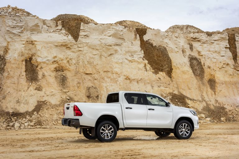 2019 Toyota Hilux special edition 543937