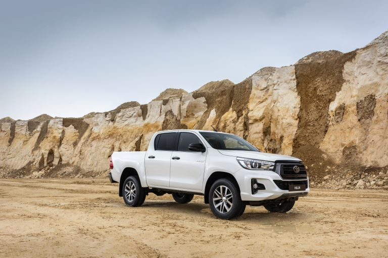 2019 Toyota Hilux special edition 543938
