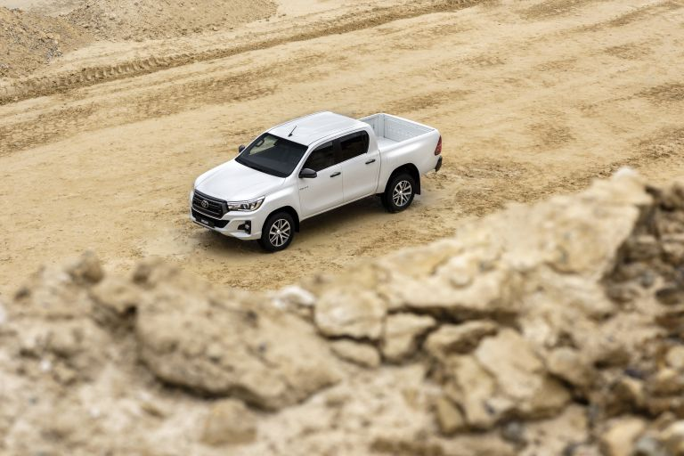 2019 Toyota Hilux special edition 543940