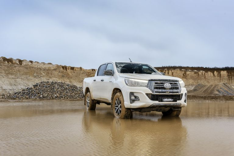2019 Toyota Hilux special edition 543954