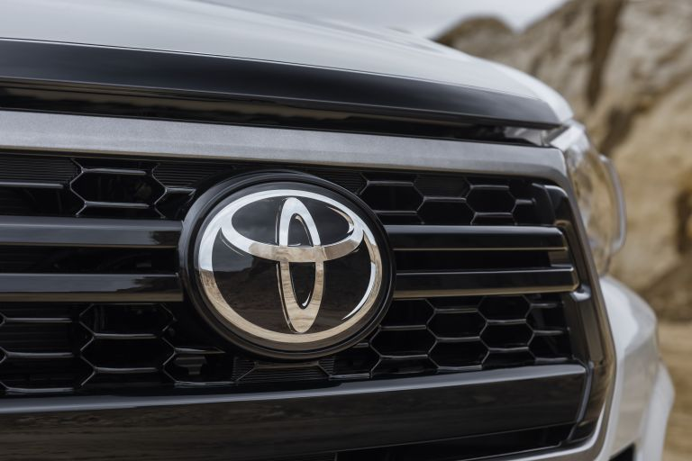 2019 Toyota Hilux special edition 543958