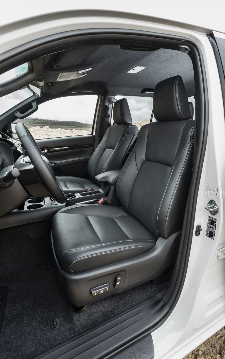 2019 Toyota Hilux special edition 543975