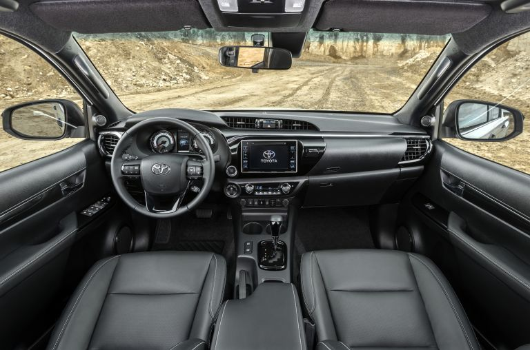 2019 Toyota Hilux special edition 543977