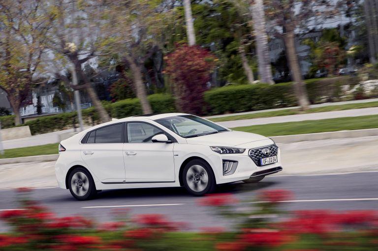 2019 Hyundai Ioniq Hybrid 544540